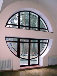 Пластиковые окна нестандартной формы от компании Талисман в Новосибирске